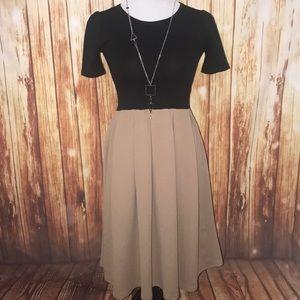 Medium Lularoe Amelia Dress